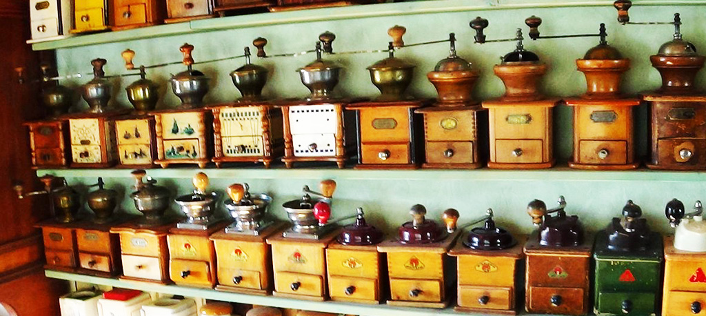 10 des moulins à café